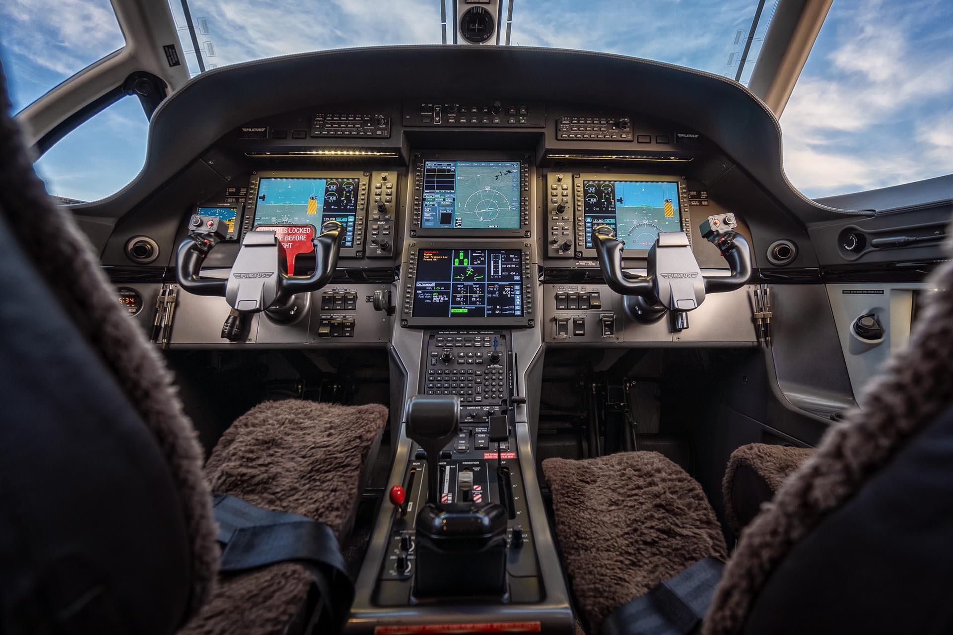 fargo jet center pilatus pc-12 cockpit