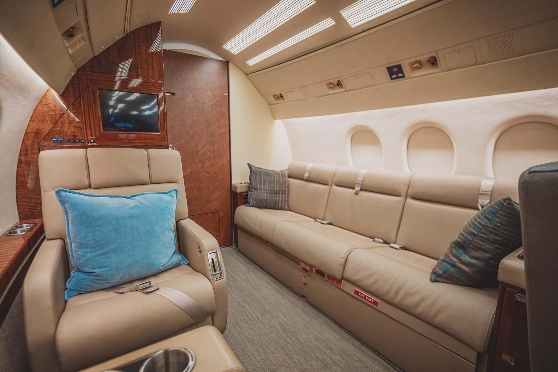 falcon 900 f900 interior refurbishment final