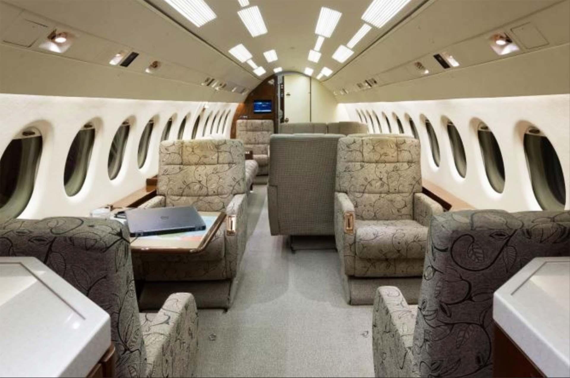 falcon 900 f900 interior before