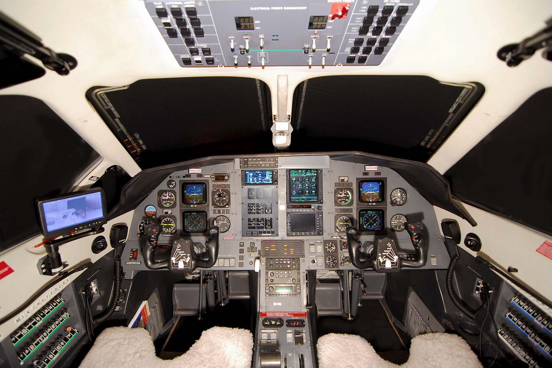 pilatus pc-12 air medical ambulance conversion