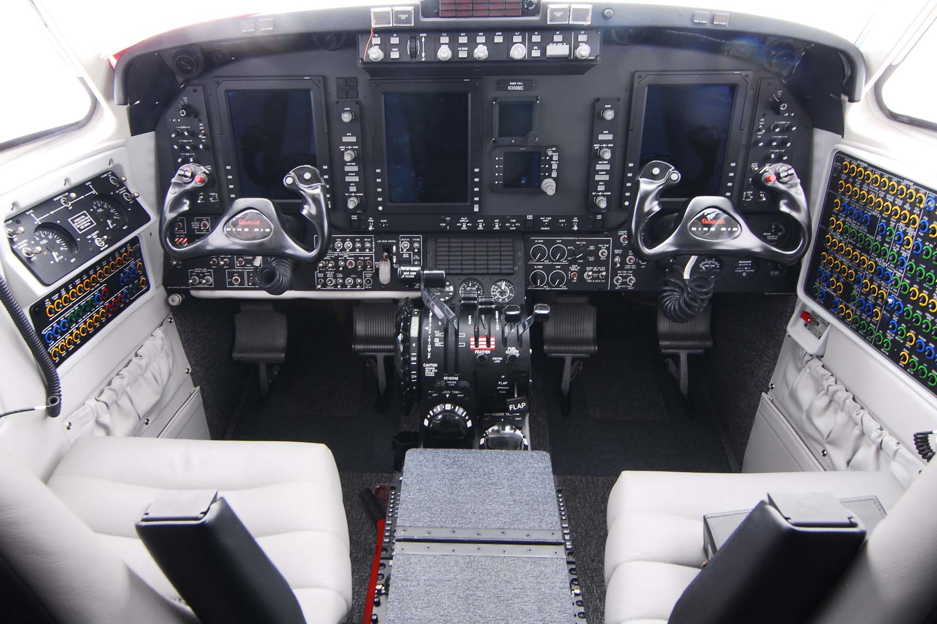 special mission aircraft king air 350 air medical modifications
